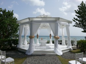 Dreams La Romana garden gazebo